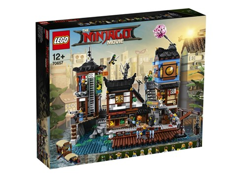 "70657 LEGO® NINJAGO City Hafen:   Mit dem Set ""NINJAGO® City Hafen"" (70657) zu THE LEGO® NINJAGO MOVIE™ erwart"