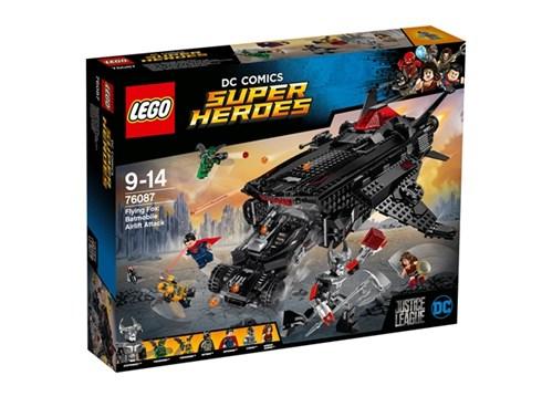 76087 LEGO® DC Universe Super Heroes™ Flying Fox: Batmobil-Attacke aus der Luf*:   Begleite die Justice League auf eine Mission, um Steppenwolf™ und die Parade