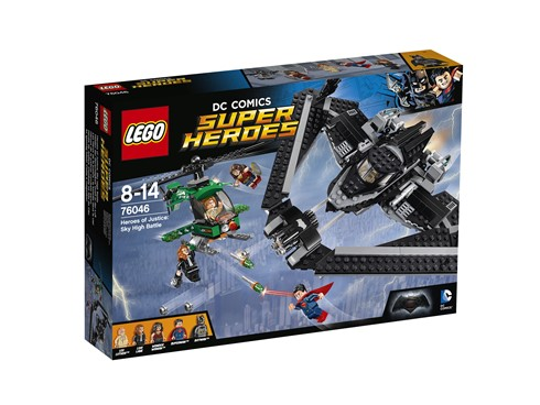 76046 LEGO® DC Universe Super Heroes™ Helden der Gerechtigkeit: Duell in der L:   Schließ dich den Superhelden an, um es hoch über Metropolis mit Lex Luthor a