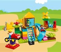 10864 LEGO® DUPLO® Steinebox mit großem Spielplatz:   Rege die Fantasie deines Kindes mit dieser spannenden LEGO® DUPLO® Steinebox