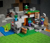 21141 LEGO® Minecraft™ Zombiehöhle:   Setz deinen Helm auf, nimm deine eiserne Spitzhacke und mach dich auf zur vo