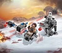 75195 LEGO® Star Wars™ Ski Speeder™ vs. First Order Walker™ Microfighters*:   Sichere dir einen Sieg gegen die First Order: mit dem superschnellen Ski Spe