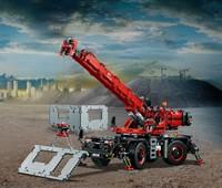 """42082 LEGO® Technic Geländegängiger Kranwagen:   Bring das LEGO® Technic Set """"Geländegängiger Kranwagen""""zum Einsatz! Das ist"""