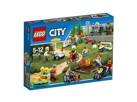 60134 LEGO® City LEGO® City Stadtbewohner:   Wenn du einen wunderbaren Tag im Park verbringst, lernst du viele neue Leute