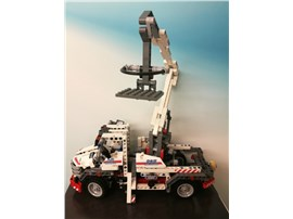 Bucket Truck:   Fertiges Lego Modell Service Truck               Modell aus de