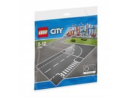 7281 LEGO® City Kurve und T-Kreuzung*:   Mit diesem Set aus Bauplatten (25 x 25 cm) kannst du die Straßen in deiner L