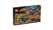 76054 LEGO® DC Universe Super Heroes™ Batman™: Scarecrows™ gefährliche Ernte